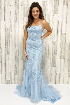 Sport the mermaid long prom dress with lace appliques and lace up back. Thanks to the mermaid sihouette, the dress flatter your body and show off the figure! Blue Mermaid Prom Dress, Prom Dresses Blue, Cheap Prom Dresses, Homecoming Dresses, Girls Dresses, Prom Gowns, Women's Dresses, Best Formal Dresses, Formal Evening Dresses