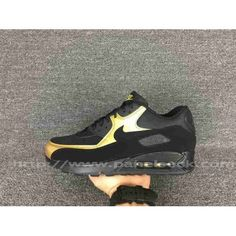 on Nike Air Max 90 Mens UK in the shop.We guarantee that the shoes you buy are authentic, and we also offer you free home delivery. Air Max 1, Nike Air Max, Air Max Sneakers, Sneakers Nike, Gull, Sports Shoes, Cleats, Black Gold, Nike Men