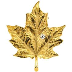 Pre-owned Tiffany & Co. Diamond Gold Maple Leaf  Brooch (£1,240) ❤ liked on Polyvore featuring jewelry, brooches, leaf brooch, pre owned jewelry, gold brooch, diamond brooch and gold leaf jewelry