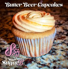 Butter Beer (Butterscotch) Cupcakes - incredibly rich butterscotch flavor with a moist, delicious cupcake... not to mention it's from Harry Potter! #cupcakes #butterscotch #ilovecupcakes #bakingaddiction