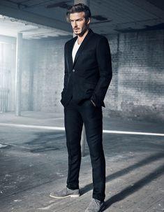 H&M and David Beckham Collaboration News: Modern Essentials Pictures | Glamour Mode David Beckham, Style David Beckham, David Beckham Fashion, David Beckham Suit, Business Casual Herren, Business Casual Dresscode, Blazer Jeans, Fashion Moda, Fast Fashion