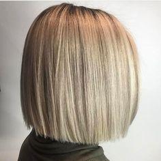 60 Beautiful and Convenient Medium Bob Hairstyles - Simple Blunt Blonde Bob - Medium Hair Cuts, Short Hair Cuts, Medium Hair Styles, Curly Hair Styles, Short Blunt Haircut, Short Blunt Bob, Medium Bobs, Blunt Bob Haircuts, Cute Bob Haircuts