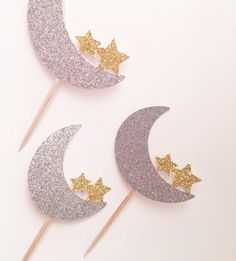Moon and Star Cupcake Topper, Twinkle Twinkle Little Star Topper, Love You to the Moon and Back, Crescent Moon Party, Star Baby Shower by AtelierElegance on Etsy https://www.etsy.com/listing/472137542/moon-and-star-cupcake-topper-twinkle
