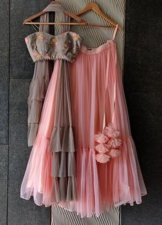 Party Wear Indian Dresses, Designer Party Wear Dresses, Party Wear Lehenga, Indian Gowns Dresses, Indian Bridal Outfits, Dress Indian Style, Indian Fashion Dresses, Indian Designer Outfits, Stylish Dresses For Girls