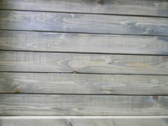 Love this tray: minwax stain in driftwood and minwax finishing wax :) - maybe for the barn doors in the upstairs bedroom? Miniwax Stain, Driftwood Stain, Weathered Furniture, Beach Cottage Decor, Grey Stain, Rustic Bathrooms, Paint Stain, Wood Tray, Stain Colors