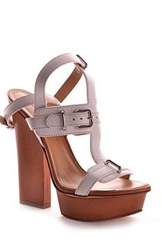DSQUARED2 WOMEN'S MCBI107173O WHITE LEATHER SANDALS. SANDALS DSQUARED2, LEATHER 100%, color WHITE, Heel 120mm, Plateau 20mm, Leather sole, SS12, product code MCBI107173O. If you buy 9 US size shoes, you may receive shoes with 8 UK or 42 EU size printed on the box and on the shoes. SIZE CHART MAN: (US6 EU39 UK5) (US6.5 EU39.5 UK5.5) (US7 EU40 UK6) (US7.5 EU40.5 UK6.5) (US8 EU41 UK7) (US8.5 EU41.5 UK7.5) (US9 EU42 UK8) (US9.5 EU41.5 UK8.5) (US10 EU43 UK9) (US10.5 EU43.5 UK9.5) (US11 EU44…