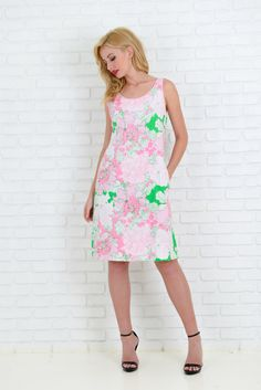 Vintage 80s Pink + Green Dress Knee Length A Line Floral print Small S 3657 by thekissingtree on Etsy https://www.etsy.com/listing/222841321/vintage-80s-pink-green-dress-knee-length
