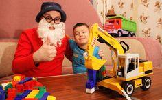 Клоун Дима - Дедушка Агу. Лего и большой экскаватор. Видео для детей