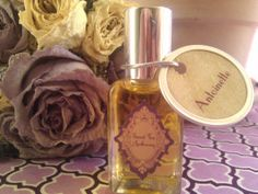 DIY perfume oil. Totally doing this one day.