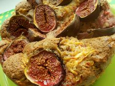 Autumn pie with apples,fresh figs and good dose of spice. Fresh Figs, Real Food Recipes, Apples, Pie, Autumn, Ethnic Recipes, Kitchen, Torte, Cuisine