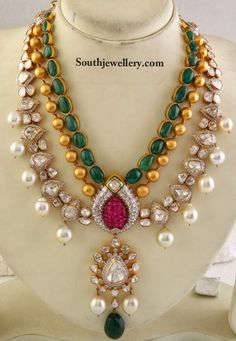 Latest Indian Gold and Diamond Jewellery Designs: Jadau polki Necklace Bridal Earrings, Bridal Jewelry, Gold Jewelry, Jewelery, Jewelry Necklaces, Diamond Jewellery, Trendy Jewelry, Statement Jewelry, Jewelry Box