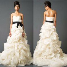 Beautiful Vera Wang wedding dress(: