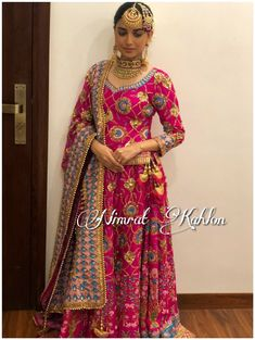 African Prom Dresses, Indian Gowns Dresses, Pakistani Dresses, Indian Outfits, Shadi Dresses, Indian Clothes, Indian Bridal Fashion, Indian Bridal Wear, Classy Work Outfits