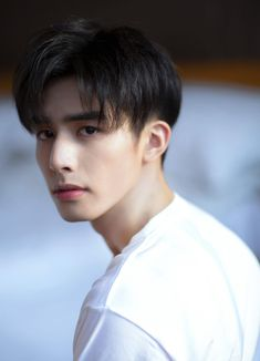 """Exceptional """"mens hairstyles info is offered on our internet site. Have a look and you wont be sorry you did. Korean Haircut Men, Korean Men Hairstyle, Ulzzang Hairstyle, Hair Korean Style, Korean Boys Ulzzang, Cute Korean Boys, Song Wei Long, Kpop Hair, Handsome Actors"""
