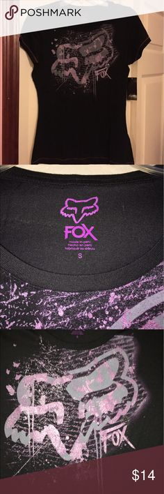 Ladies NWT Fox black tee size small NWT black with purple accents Fox racing short sleeve ladies tee size small. New and never wore. Smoke free home. Thanks for the interest and God Bless Fox Tops Tees - Short Sleeve