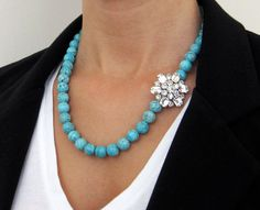 vintage rhinestone flower beaded necklace in turquoise and silver