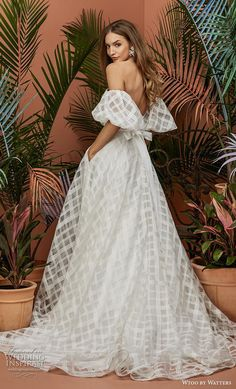 "Strapless Wedding Dresses Wtoo by Watters Wedding Dress Collection Fall 2018 - Rosalind - Inspired by Shakespearean's Romeo and Juliet, Wtoo by Watters Wedding Dresses Fall ""At First Sight"" Bridal Collection is as romantic as it is trendy. Fall Wedding Dresses, Fall Dresses, Bridal Dresses, Wedding Gowns, Wedding Ceremony, Wedding Dress 2018, Plaid Wedding, Wedding Outfits, Wedding Themes"