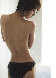 Picture of Mariko Shinoda Sexy Back, Beautiful Asian Women, Thinspiration, Sexy Asian Girls, Hottest Models, Japanese Girl, Asian Woman, Bellisima, Female Bodies