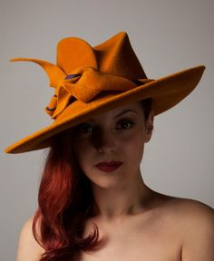 I love the shape of this felt hat and the use of self trim.   713462c63b8d