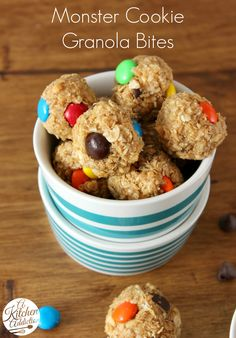 Monster Cookie Granola Bites l www.a-kitchen-addiction.com l #chocolate #nobake #recipe