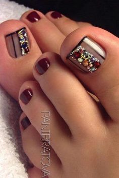 25 Pediküre Ideen - Nagel Designs nail designs for short nails nail designs for short nails 2019 nail stickers walmart nail art stickers walmart nail art strips Pedicure Designs, Pedicure Nail Art, Toe Nail Designs, Toe Nail Art, Pedicure Ideas, Nails Design, Beach Pedicure, Gel Manicure, Wedding Pedicure