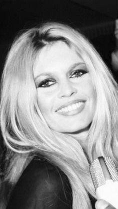 Brigitte Bardot, Bridget Bardot, Catherine Deneuve, Jane Fonda, Most Beautiful Faces, Beautiful Women, Marie Christine Barrault, Faye Dunaway, Actrices Hollywood