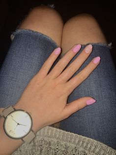 Candy pinky nails