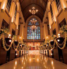 カテドラル挙式 | 施設紹介 | 旭川の結婚式場ブルーミントンヒル