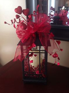 Nice 42 Romantic Valentine'S Day Dinner Table Decoration Ideas. More at http://dailypatio.com/2018/01/14/42-romantic-valentines-day-dinner-table-decoration-ideas/