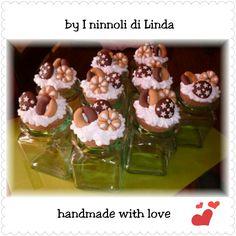 Barattolo ermetico in vetro con tappo di sughero decorato con panna e biscottini in fimo...100% handmade with love.