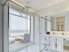 PORCELANOSA Grupo Projects: The 'soulful' refurbishment of the Hotel Don Pancho in Benidorm, Alicante Solid Surface, Bathroom Interior Design, Alicante, Bathtub, Architecture, Projects, Furniture, Refurbishment, Hospitality