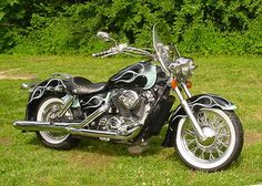 Read the history and see the custom paint process and the modifications that I have made to my 1996 Honda Shadow ACE 1100 motorcycle. Honda Cruiser, Happy Birthday Man, Old Muscle Cars, Honda Shadow, Bmw Series, Honda Motorcycles, Biker Chick, Audi Tt, Ford Gt