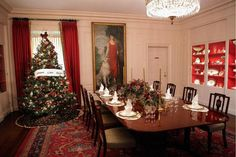 See photos of the White House Christmas decorations, pictures of holiday decor, Christmas trees, wreaths, gingerbread houses inside the White House.: China Room Christmas Decorations