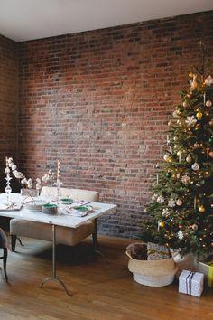 Urban Christmas Tree - ELLEDecor.com