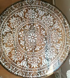 #woodpainting #stencil #handpaint #diy #destressed #renovation Buddha Painting, Painting On Wood, Buddha Sculpture, Plates And Bowls, Marquetry, Woodcarving, Trellis, Print Patterns, Blankets