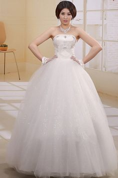 Strapless Tulle White Wedding Dresses ted0386 - SILHOUETTE: Ball Gown; FABRIC: Tulle; EMBELLISHMENTS: Applique , Beading , Bowknot; LENGTH: Floor Length - Price: 169.8200 - Link: http://www.theeveningdresses.com/strapless-tulle-white-wedding-dresses-ted0386.html