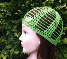 This breezy skullcap was crochted using 100% cotton yarn in a bright green. Measures 7 inches from crown to rim edge 20-22 inches in circumference Suitable for most adults. *Item should be gently hand washed and laid flat to dry for best results and longer life.