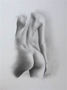 Can sexy nude women sketch
