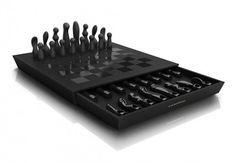 Chess Set by Kiki de Montparnasse