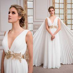 vestido de novia griego de gasa y macrame  Gossamer greek wedding dress and ma
