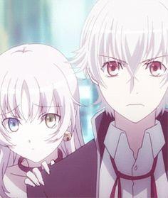 Cute Yashiro Isana and Neko