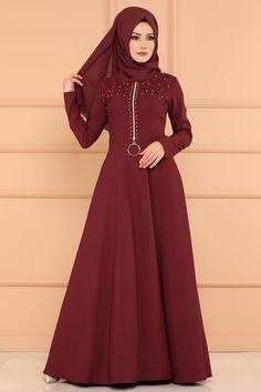 ELBİSE İnci Detay Elbise PL861 Bordo Abaya Fashion, Modest Fashion, Girl Fashion, Fashion Dresses, Womens Fashion, Maxi Dresses, Fashion Design, Fashion Tips, Muslim Dress