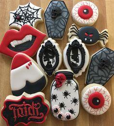 #halloweencookies #sugarcookies with #royalicing #decoratedcookies #cookieart #coffincookies #eyeballcookies #vampirecookies…