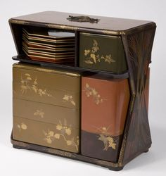 Picnic Set, Japanese, 19th century Lacqured wood, with gold and silver decoration Courtesy: Isabella Stewart Gardner Museum, Boston