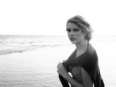 Oh Taylor... could you BE more beautiful??