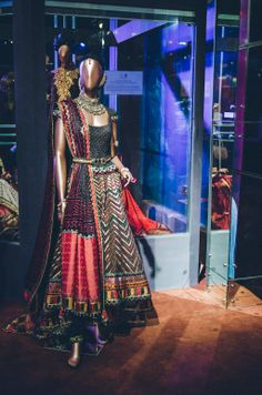 Tarun Tahiliani Bridal Couture Wedding Wear Fashion Designer Photographer Naina Knottytales 34 Tarun Tahiliani Bridal Couture Naina.co photo...