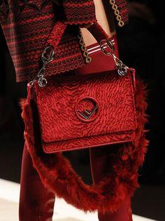 Fashion Handbags, Purses And Handbags, Fashion Bags, Fashion Accessories, Fashion Trends, Sac Ralph Lauren, Sacs Design, New Bag, Mode Inspiration