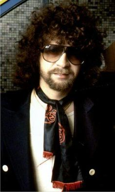 Jeff Lynne of ELO                                                                                                                                                                                 More