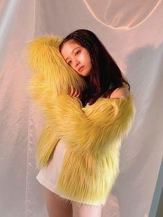 Hashimoto Kanna, Asia Girl, Mascot Costumes, Kawaii Fashion, Asian Beauty, Fur Coat, Girly, Sexy, Pretty