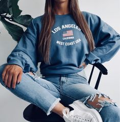 Fashion Outfits 2019 Outfits casual Outfits for moms Outfits for school Outfits for teen girls Outfits for work Outfits with hats Outfits women Teen Fashion Outfits, Mode Outfits, Fashion Fashion, Winter Fashion, Insta Outfits, School Fashion, Fashion Lookbook, Fashion Women, Vintage Fashion